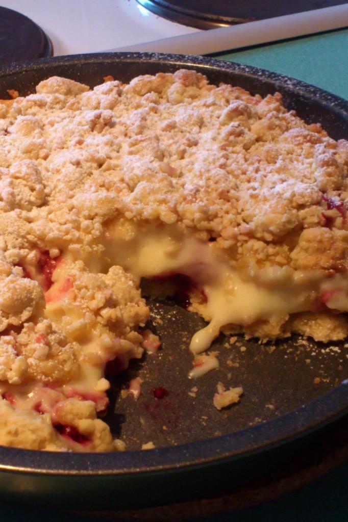 Himbeer-Crumble-Tarte mit Pudding