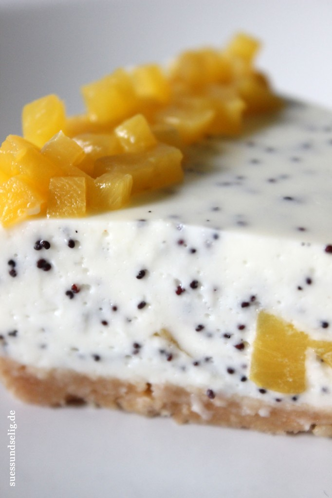 Mohn-Marzipan-Joghurt-Torte