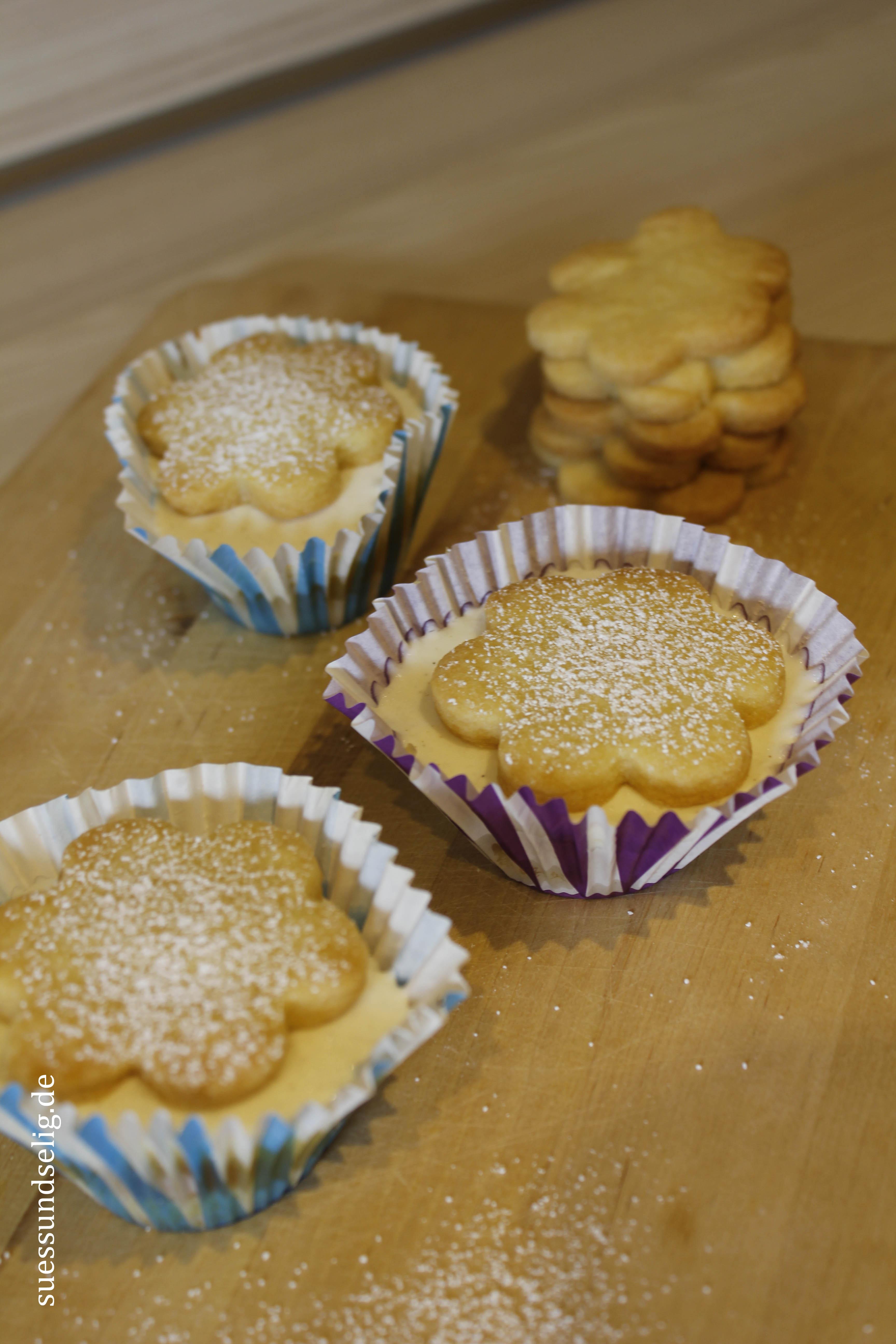 Maracuja-Vanille-Küchlein mit Aprikosen