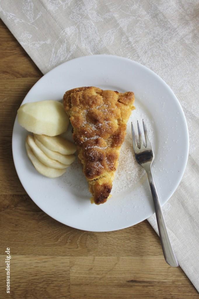 Apfel-Streuselkuchen mit Pudding
