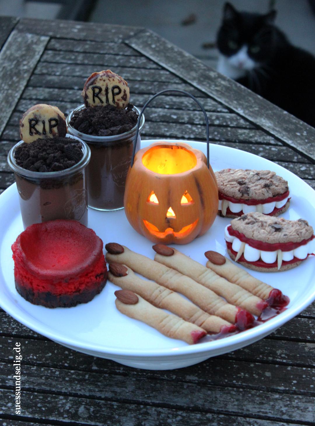 halloween gruselig s e desserts und snacks teil 2 suessundselig. Black Bedroom Furniture Sets. Home Design Ideas