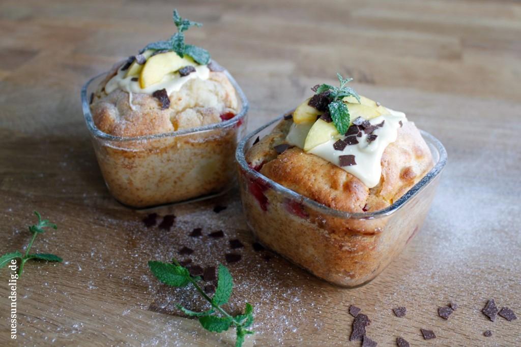 Nektarine-Erdbeer-Muffins
